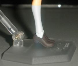 Tip-toe feet 01