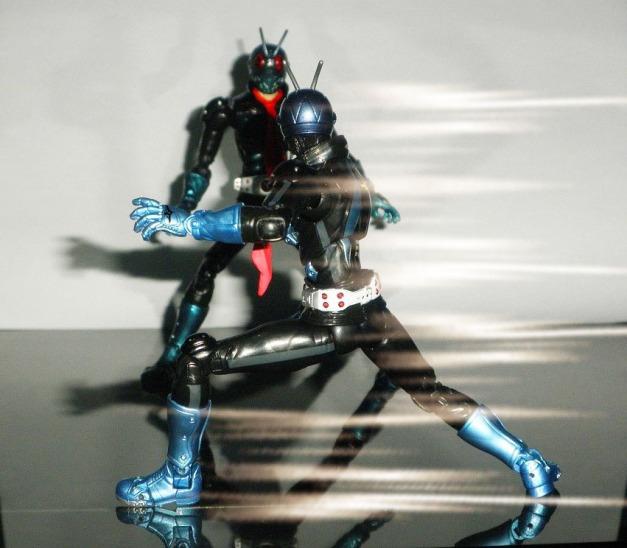 "- Hopper 1 approaching to Ichigo - Ichigo: ""?!"""