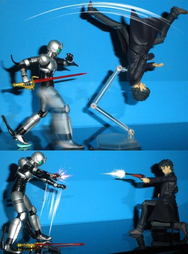 """Kiritsugu: """"Damn!! How about this?!"""" ShadowMoon: """"Gakh..."""""""