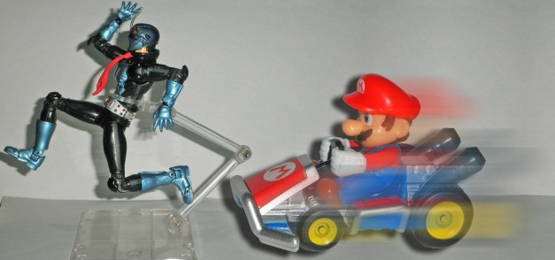 "1Go: ""Like I said... RUN FOR YOUR LIFE!!!!"" Mario: ""Watch out, big guy!"""