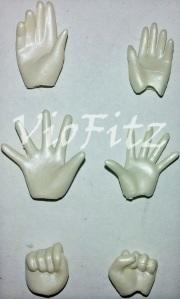 Hand accessories comparison between Mercury
