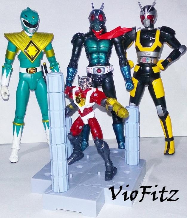 """Arthur: """"Hooooo....."""" Kamen Rider 1, Robo Rider & Dragon Ranger: """"......."""""""