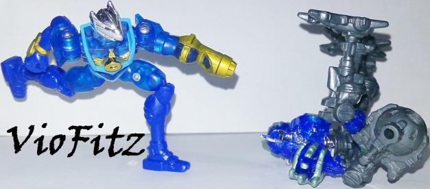 """Walt: """"HAAAHHHHH!!!!!"""" Demon Blue: """"GRAAAAAHHHHHHH...."""""""