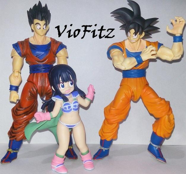 """Chi-Chi: """"GOKU-SA!!"""" Goku: """"Gyaaaaahhh.... Chi-chi?!"""" Gohan: """"???"""""""